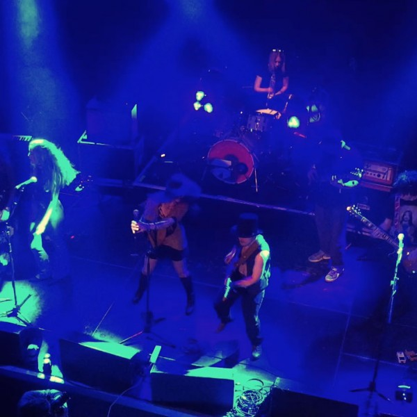 Let the children play. Live @ O2 Islington